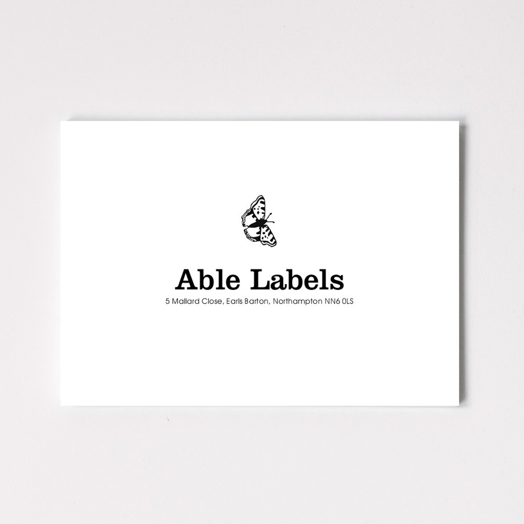 Classic Centred Serif & Motif Correspondence Cards